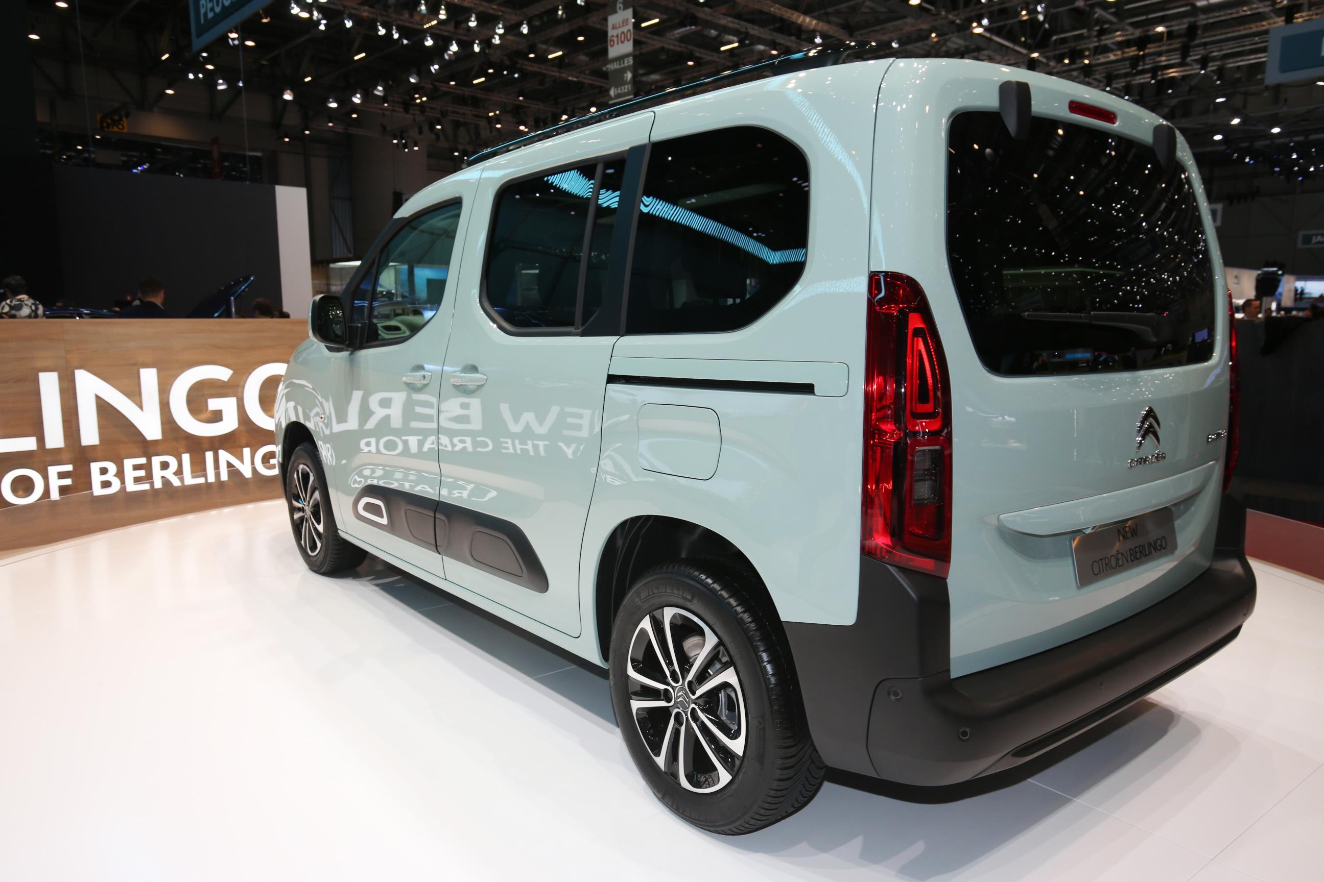 Geneva Motor Show 2018 Mega Gallery Part 2 (330)
