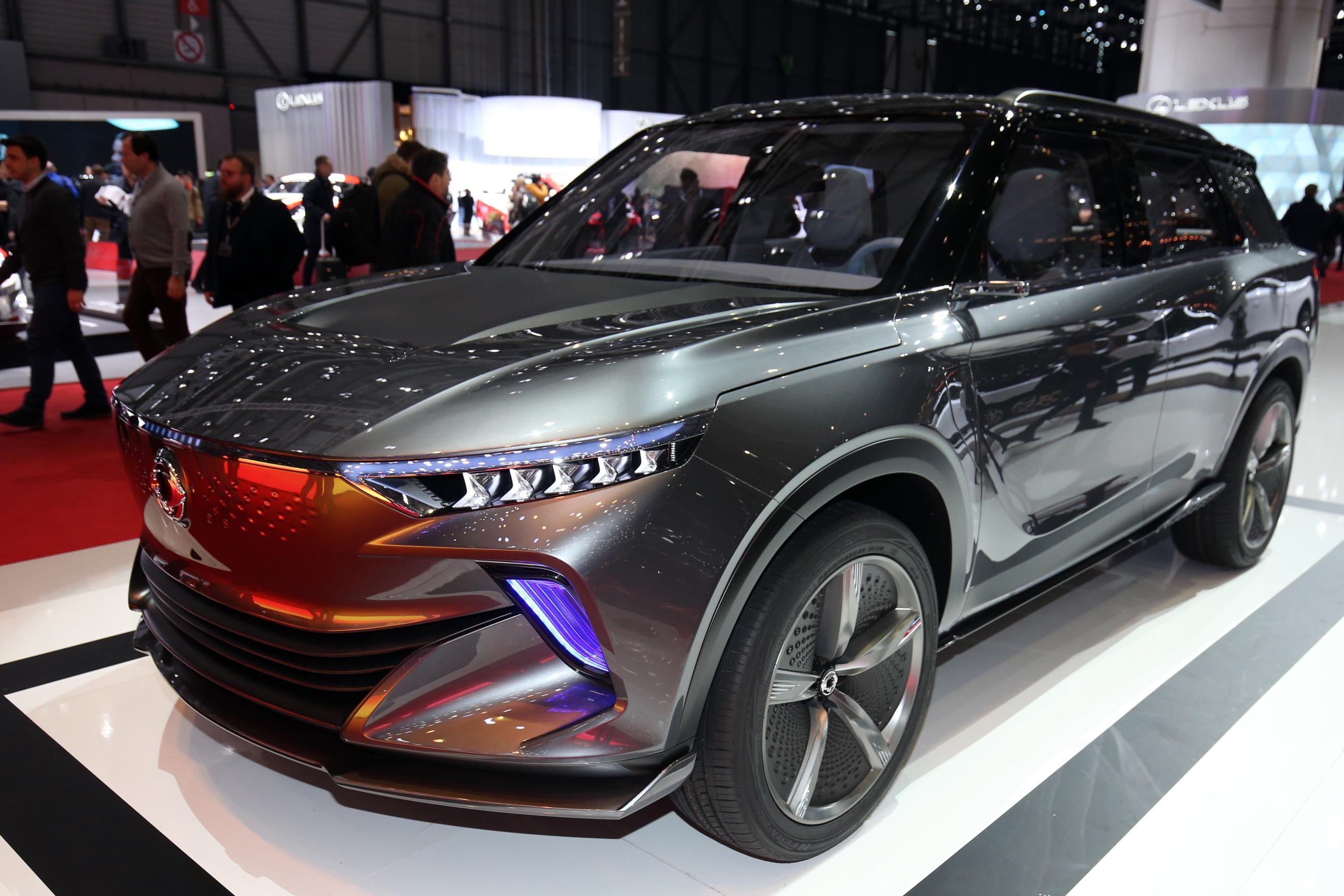 Geneva Motor Show 2018 Mega Gallery Part 2 (357)