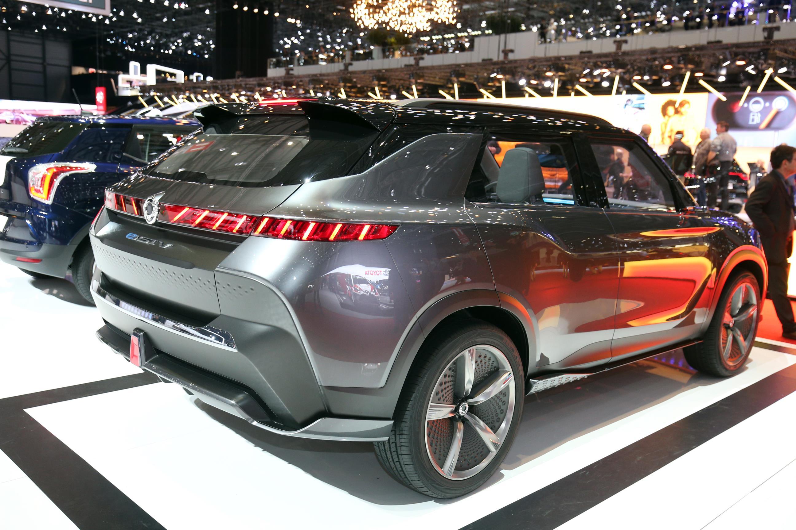 Geneva Motor Show 2018 Mega Gallery Part 2 (361)