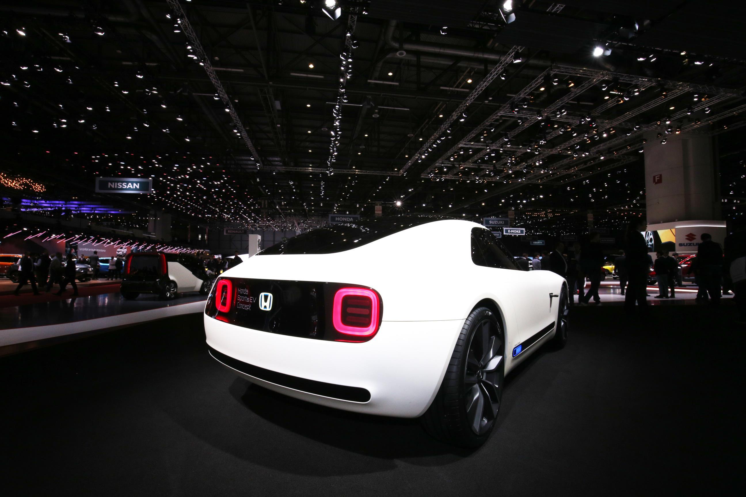 Geneva Motor Show 2018 Mega Gallery Part 2 (377)