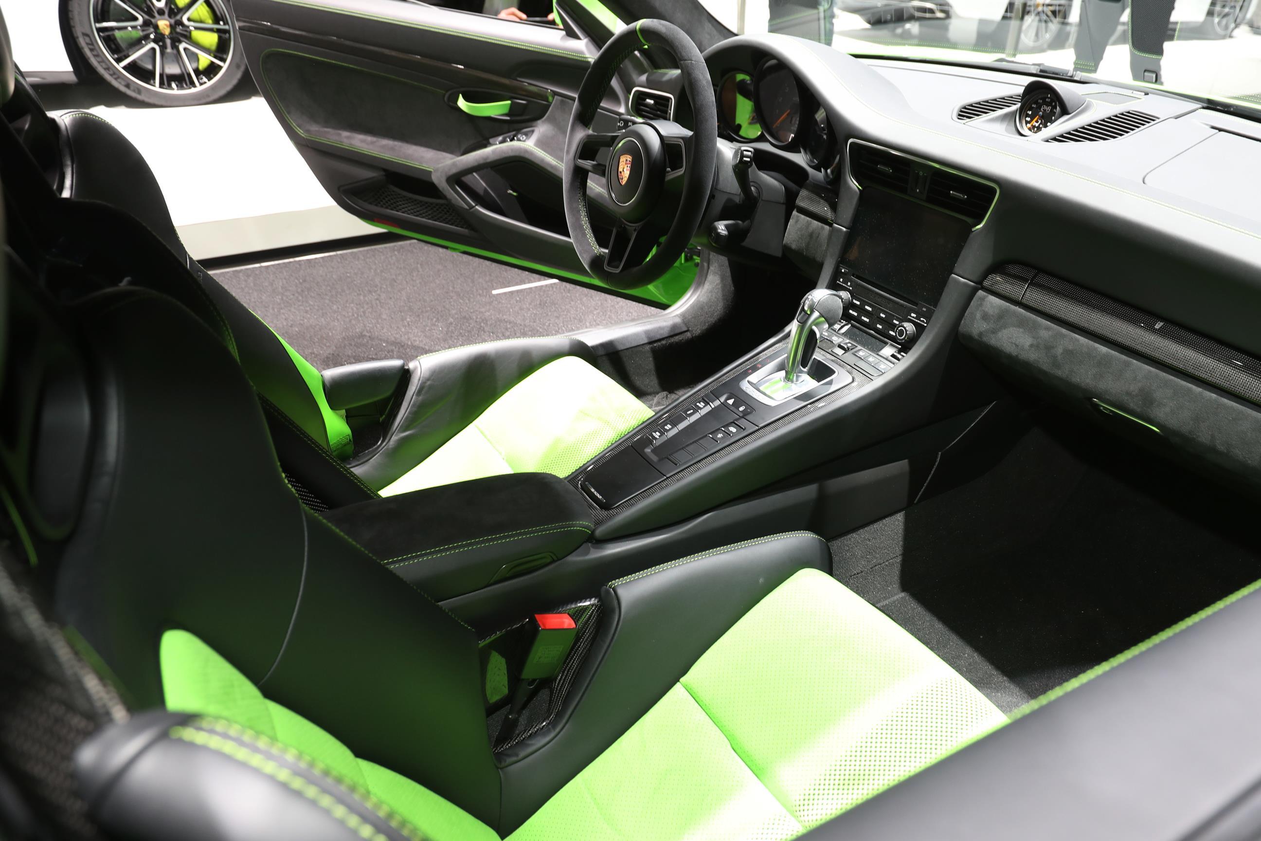 Geneva Motor Show 2018 Mega Gallery Part 2 (421)