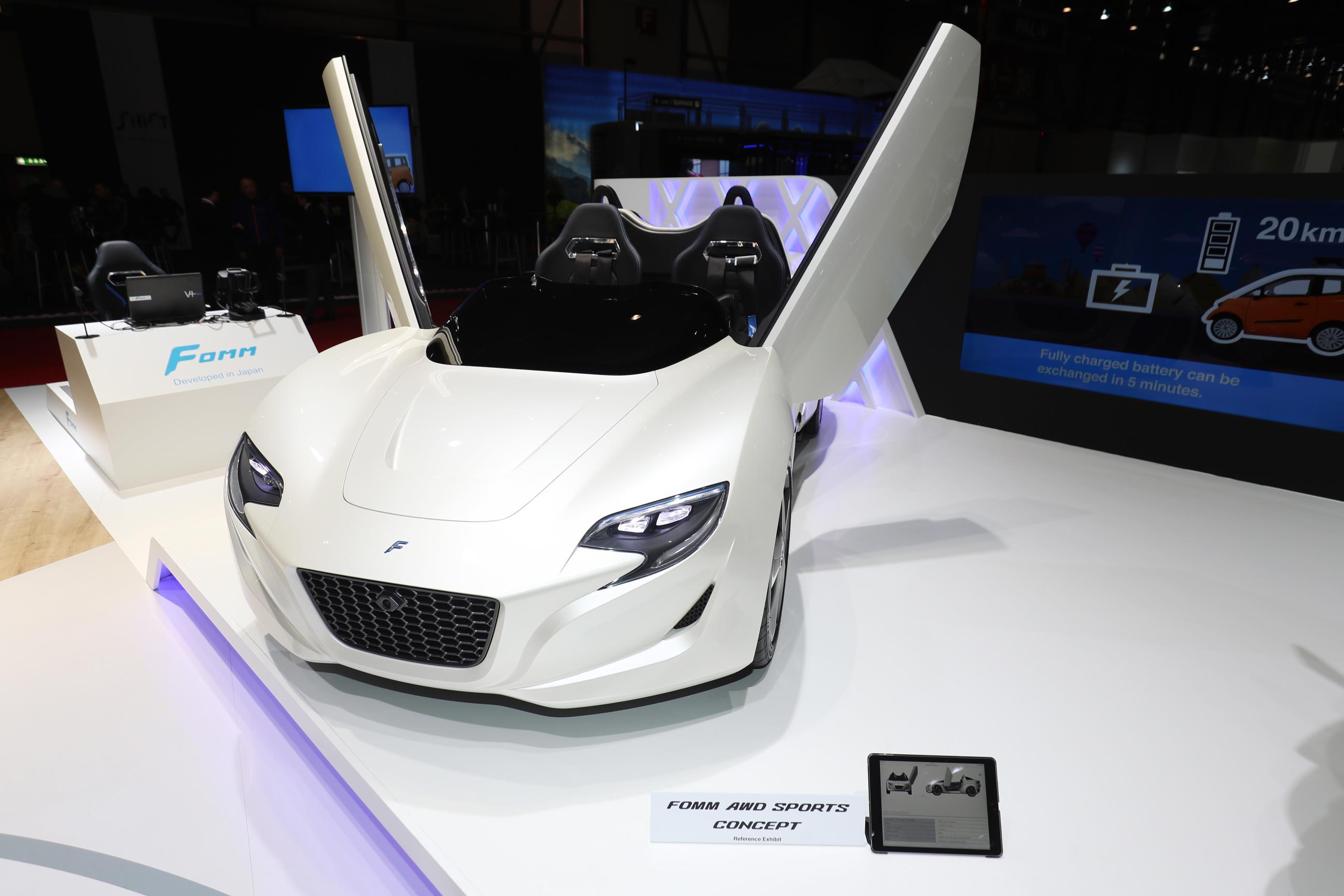 Geneva Motor Show 2018 Mega Gallery Part 2 (436)