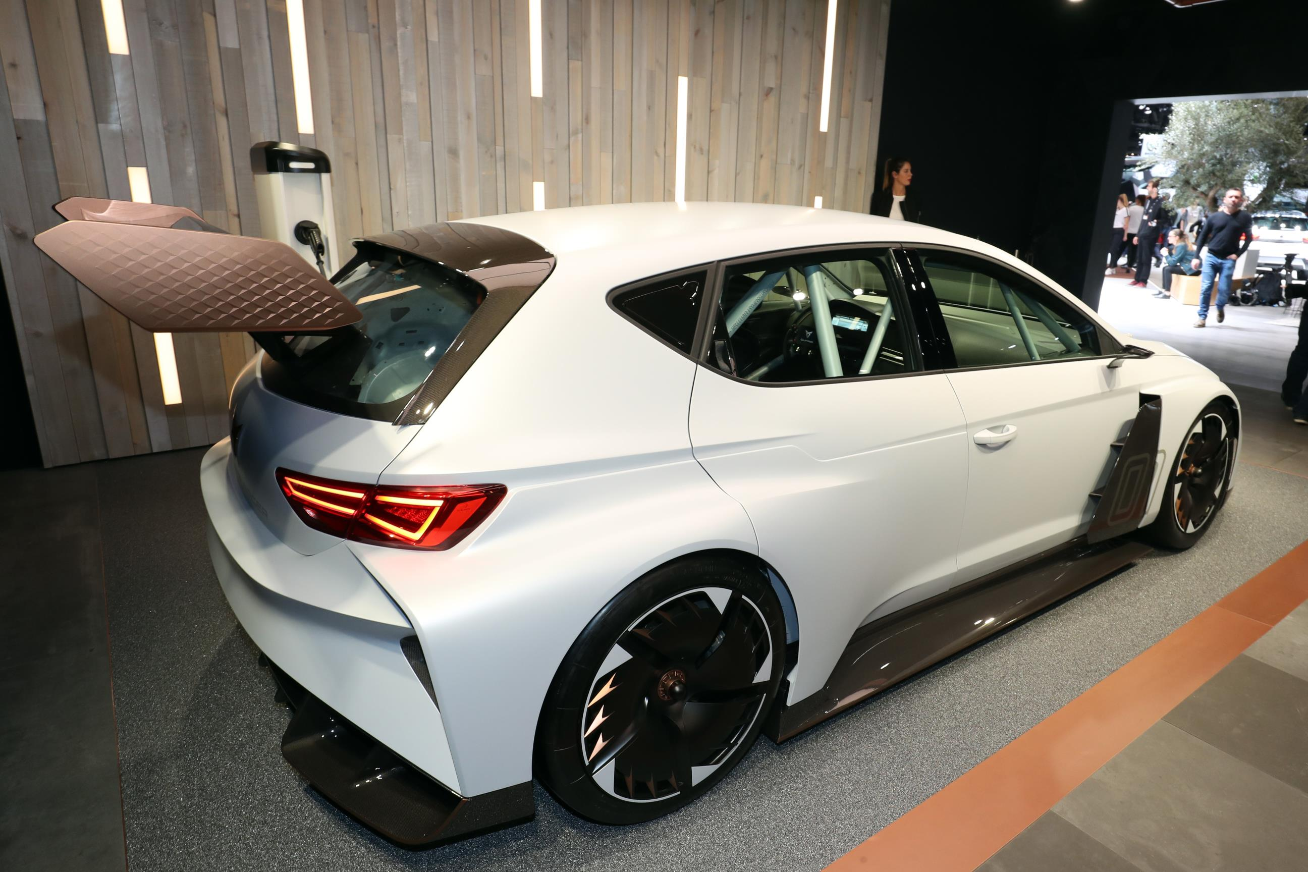 Geneva Motor Show 2018 Mega Gallery Part 2 (493)