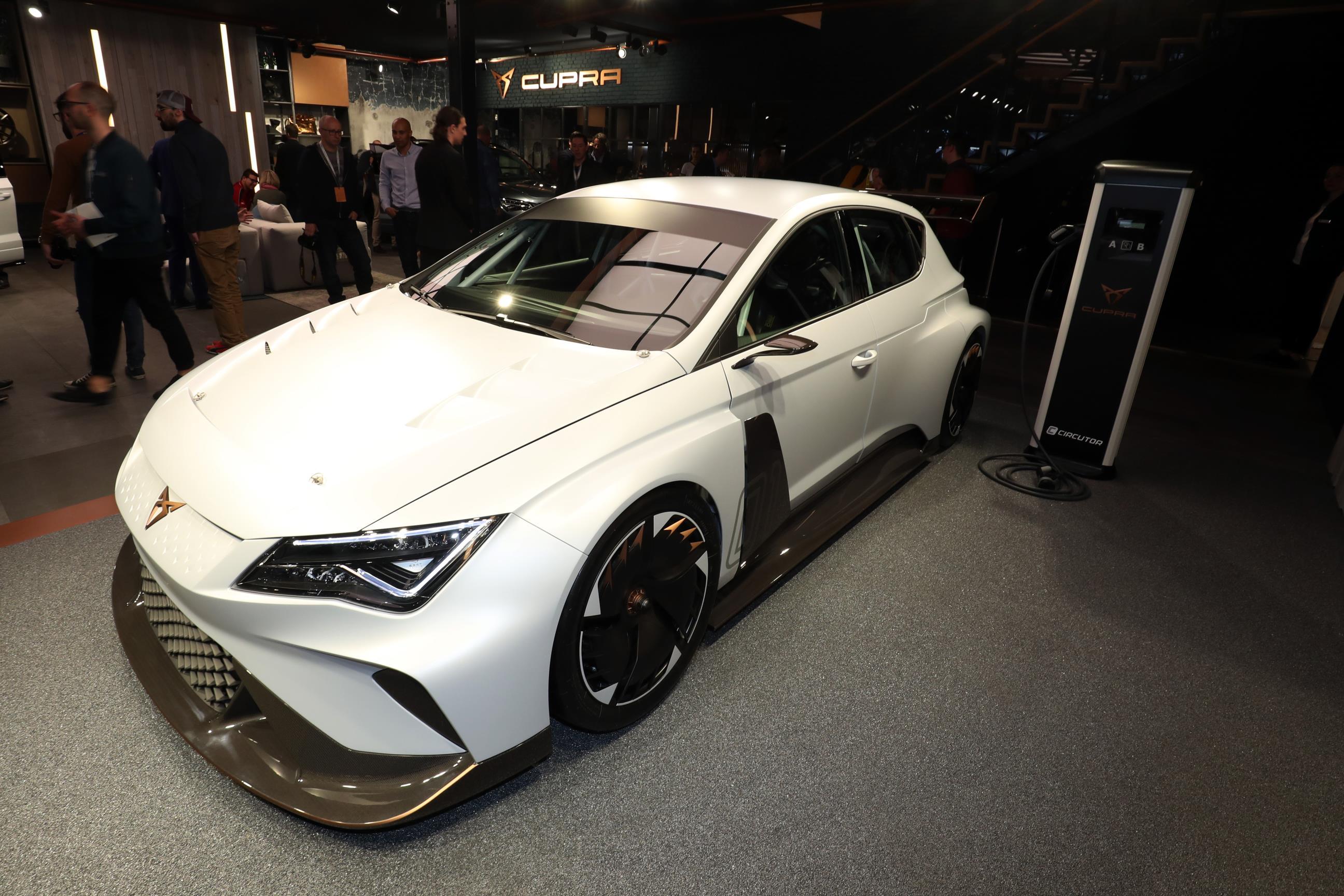 Geneva Motor Show 2018 Mega Gallery Part 2 (495)