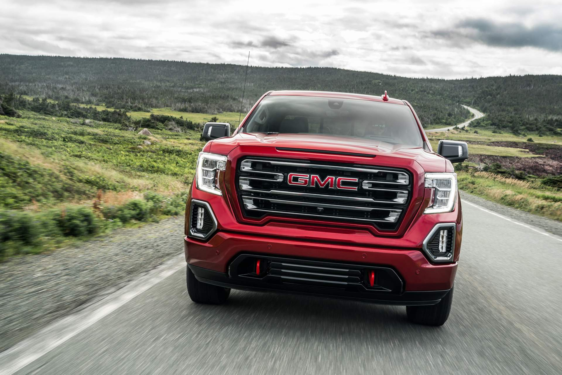 GMC Sierra AT4 Off-Road Performance Package 2019 (1)