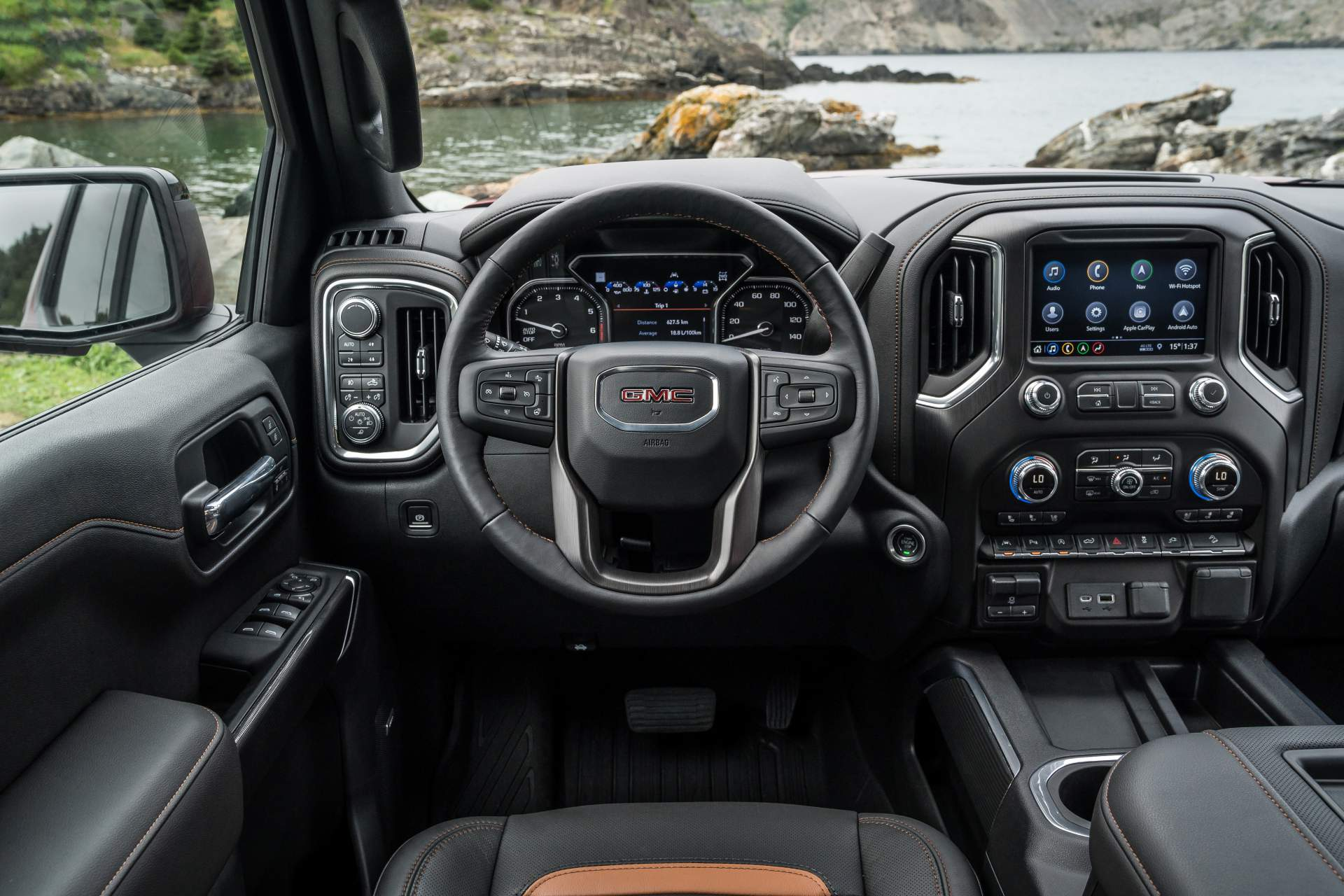 GMC Sierra AT4 Off-Road Performance Package 2019 (15)