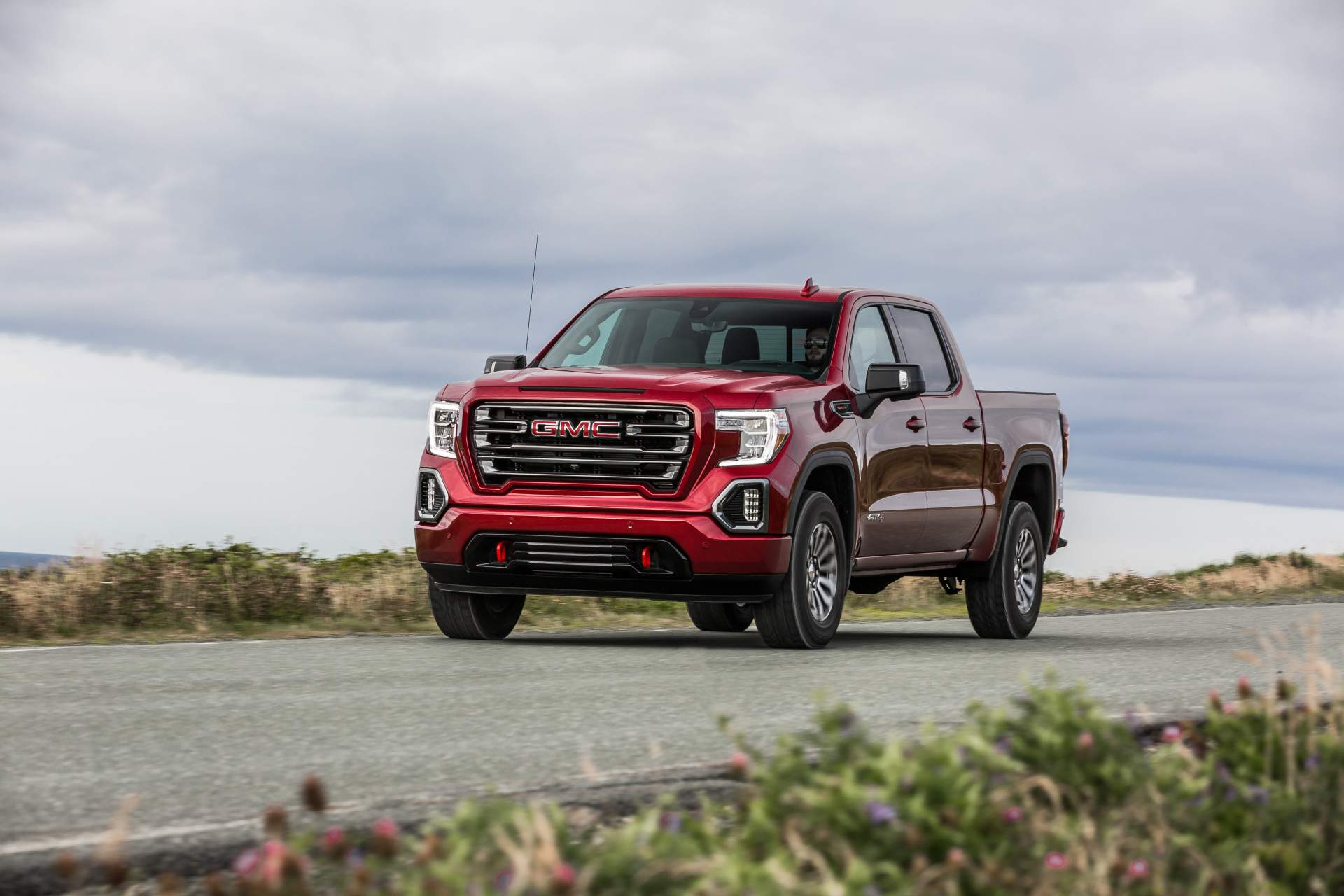 GMC Sierra AT4 Off-Road Performance Package 2019 (3)