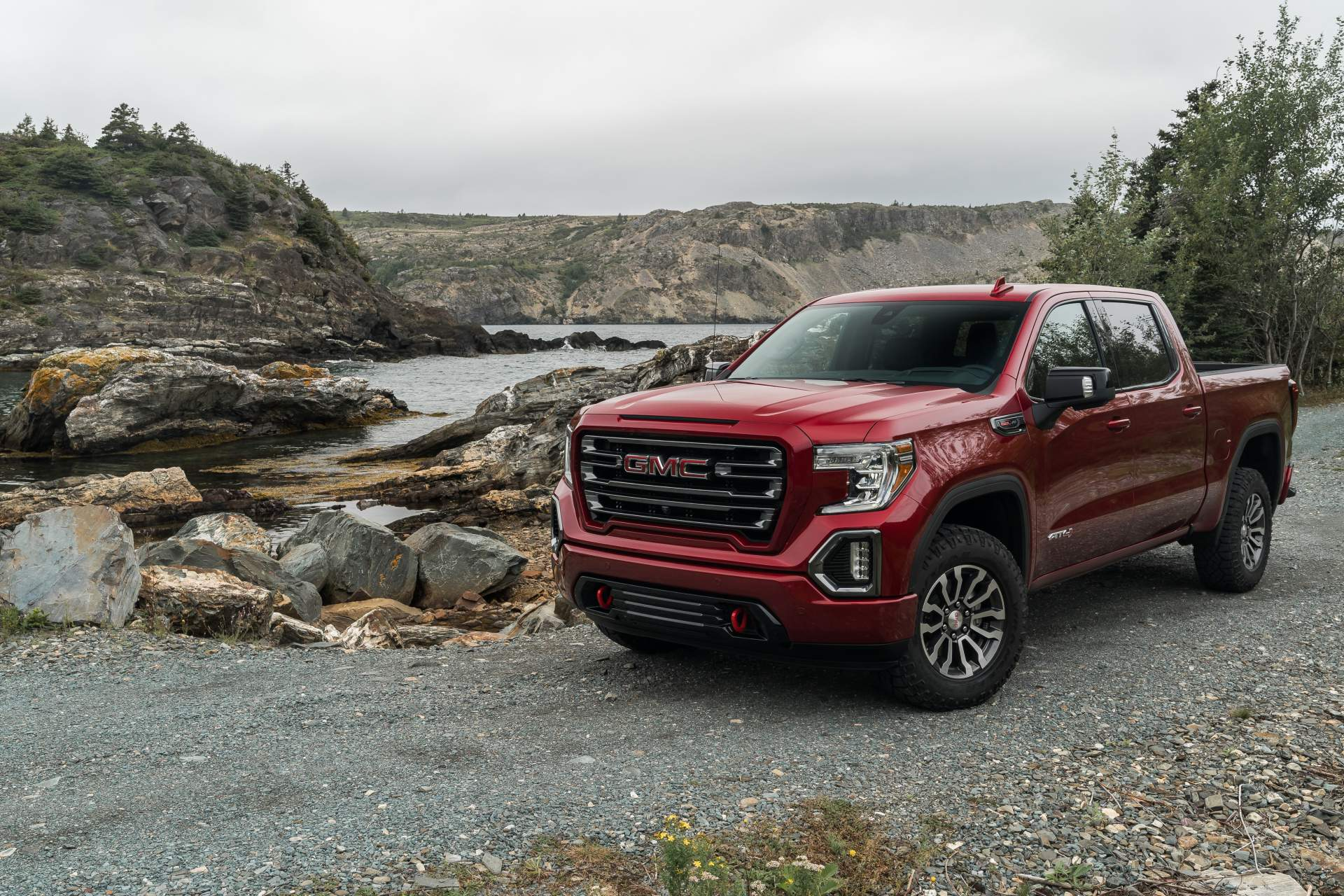 GMC Sierra AT4 Off-Road Performance Package 2019 (4)