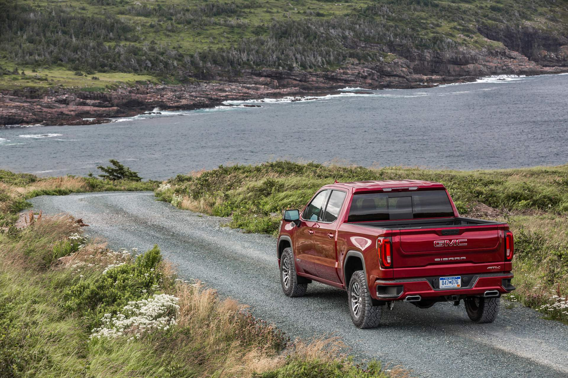 GMC Sierra AT4 Off-Road Performance Package 2019 (7)