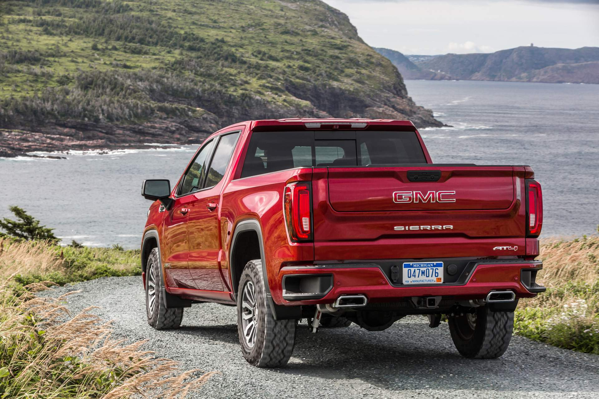 GMC Sierra AT4 Off-Road Performance Package 2019 (8)