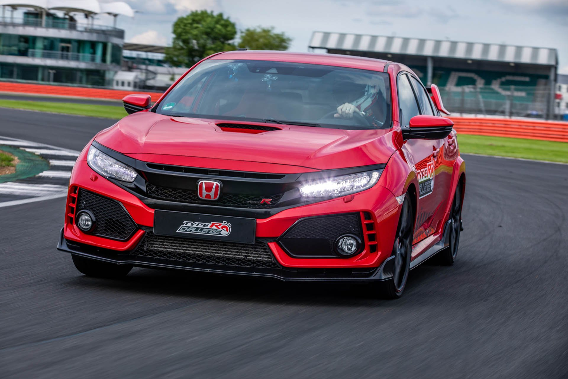 Honda Civic Type R Silverstone Record (1)
