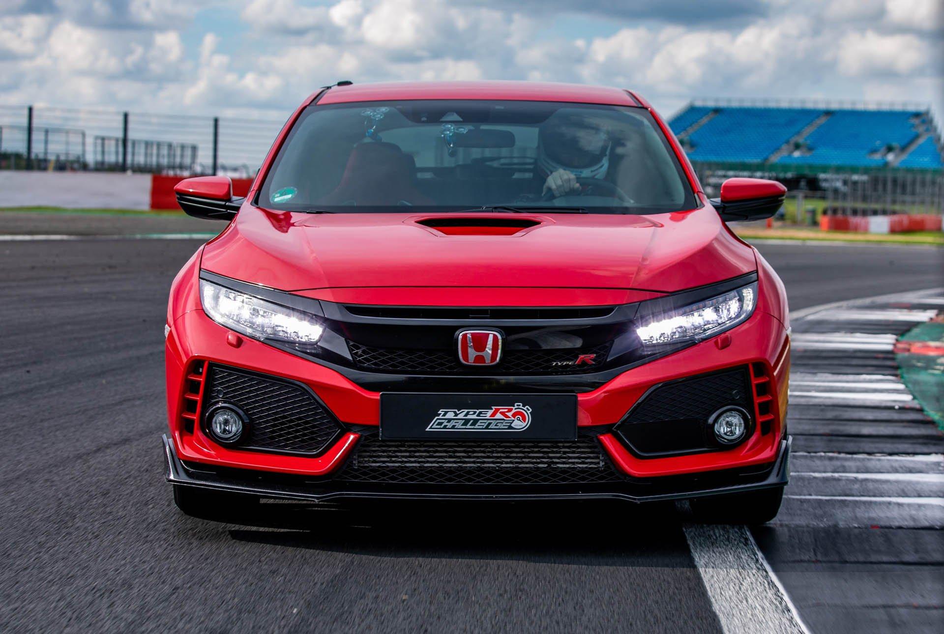 Honda Civic Type R Silverstone Record (3)