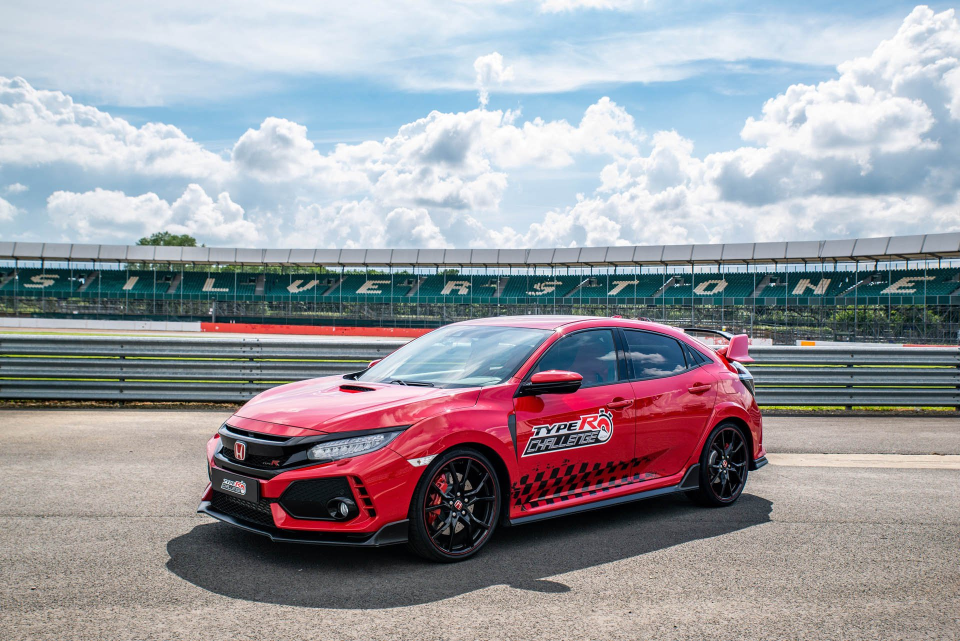Honda Civic Type R Silverstone Record (4)