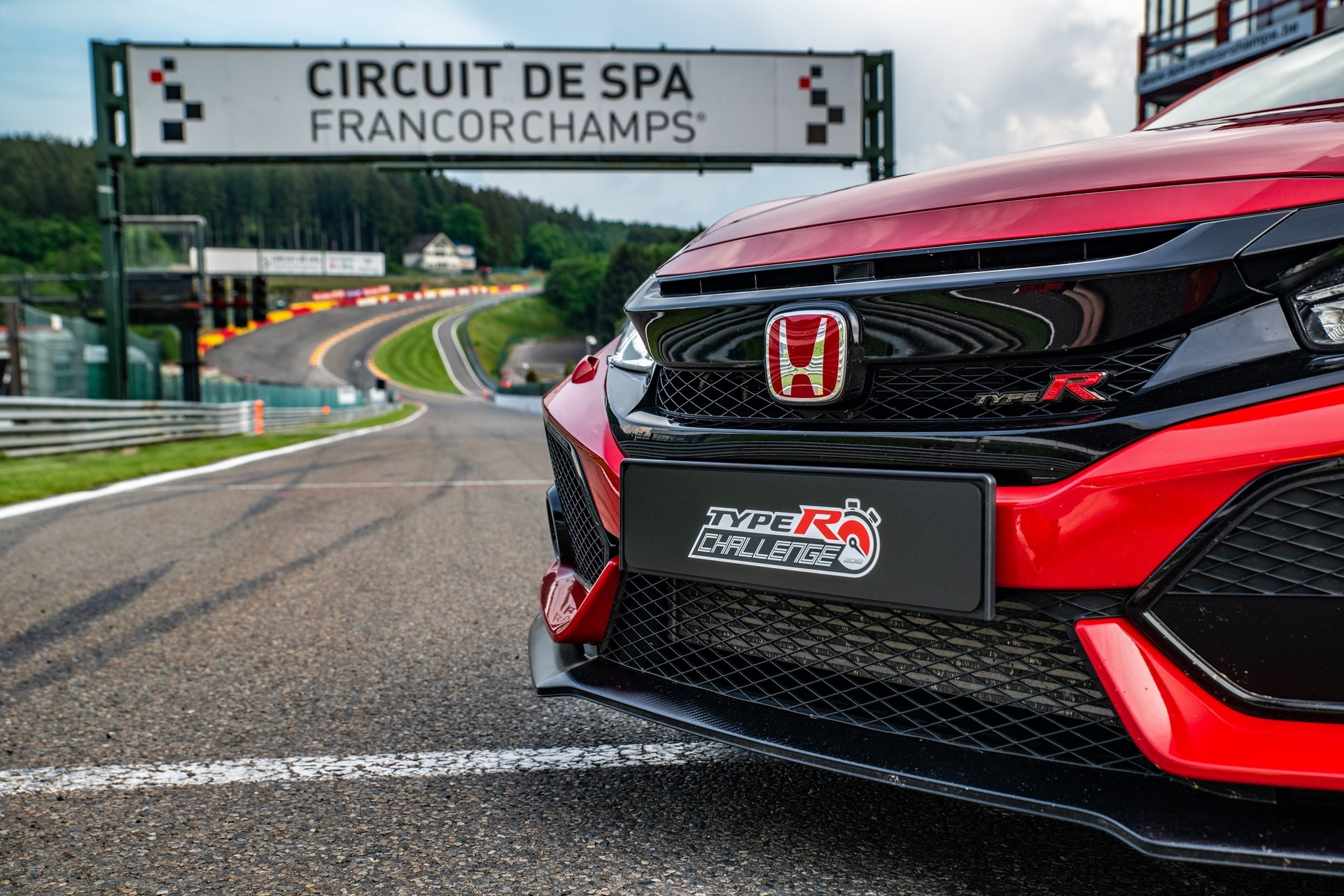 'Type R Challenge 2018' hits Eau Rouge: Japanese Super GT star Bertrand Baguette takes lap record at Spa-Francorchamps