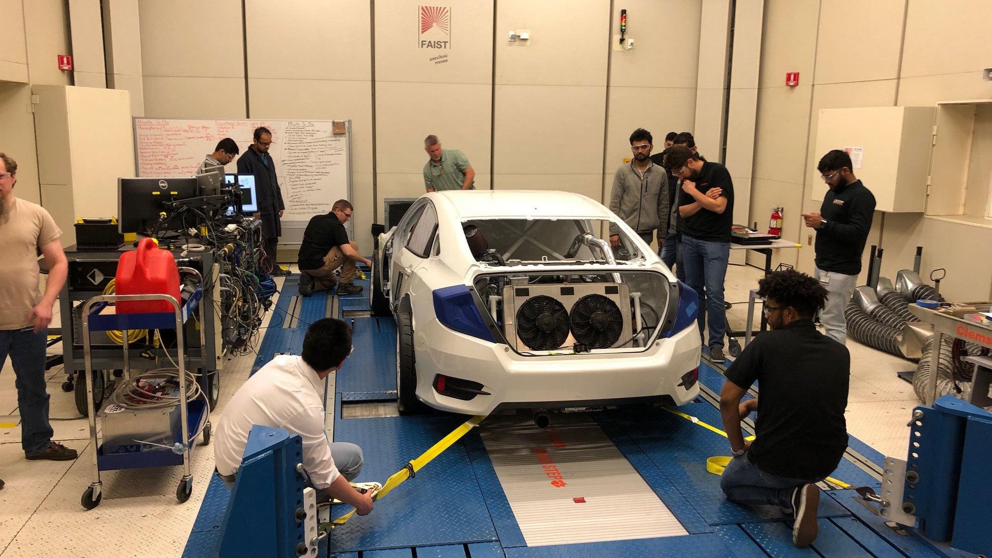 Honda Civic with hybrid powertrain byClemson University (10)