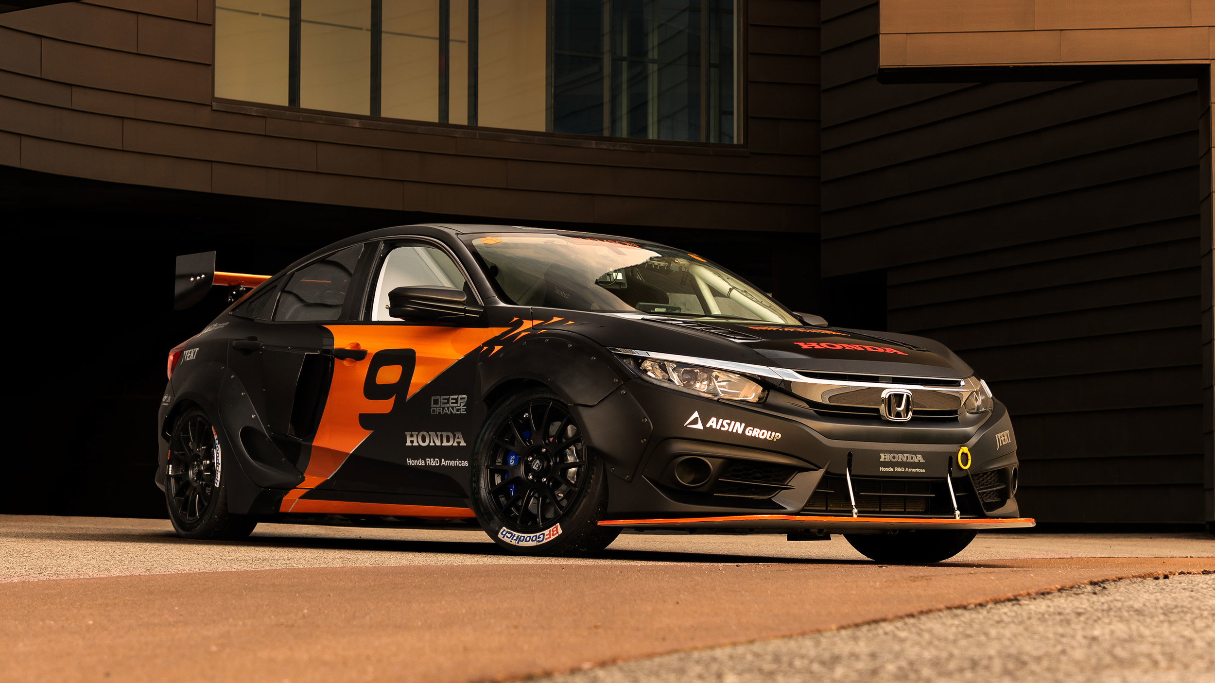 Honda Civic with hybrid powertrain by Clemson University (4)