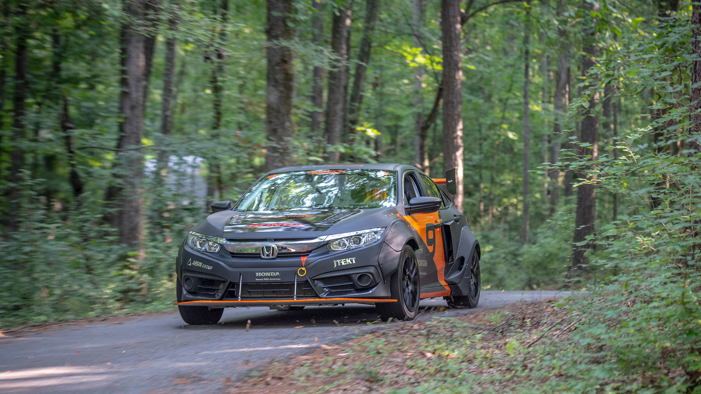 Honda Civic with hybrid powertrain by Clemson University (6)