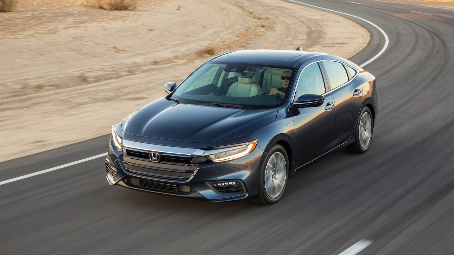 2019-honda-insight (4)
