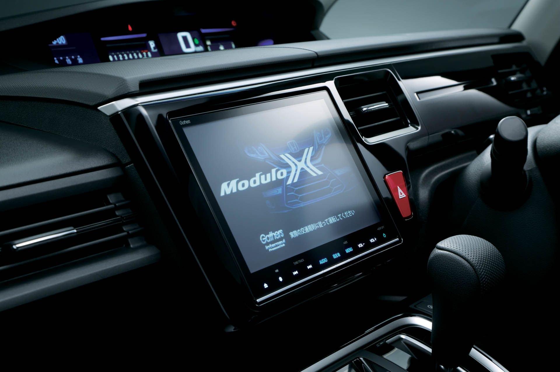 Honda_ Step_WGN_Modulo_X_0010