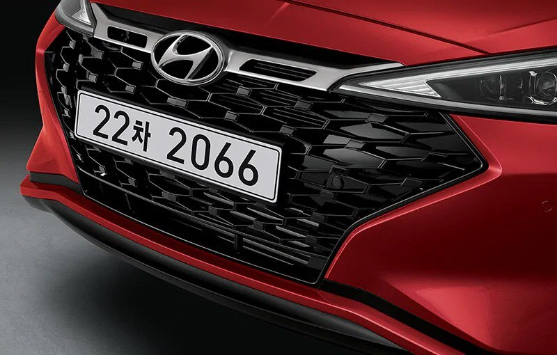 Hyundai_Avante_Sport_0001
