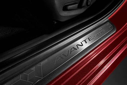 Hyundai_Avante_Sport_0010