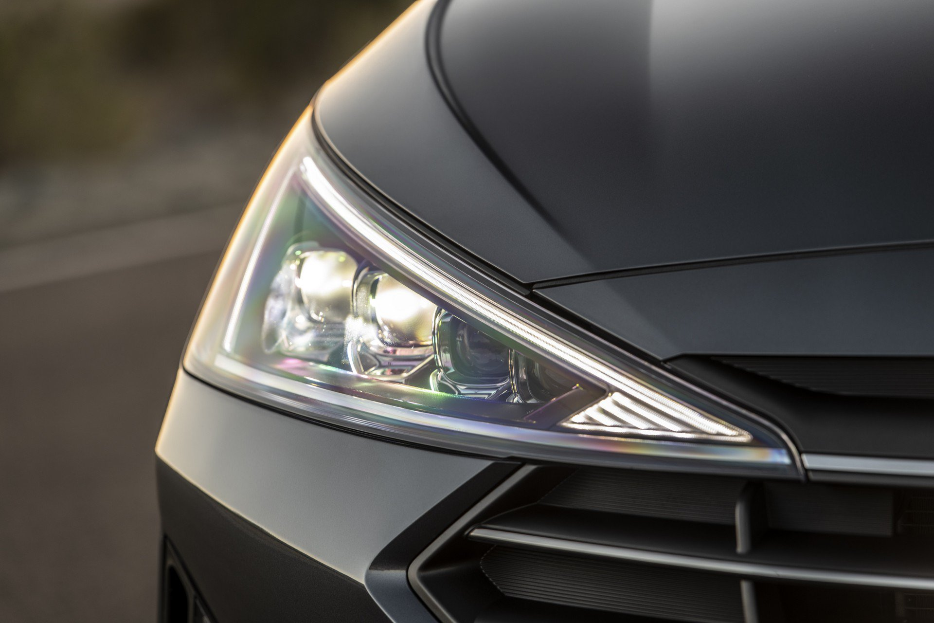 Hyundai Elantra 2019 (12)
