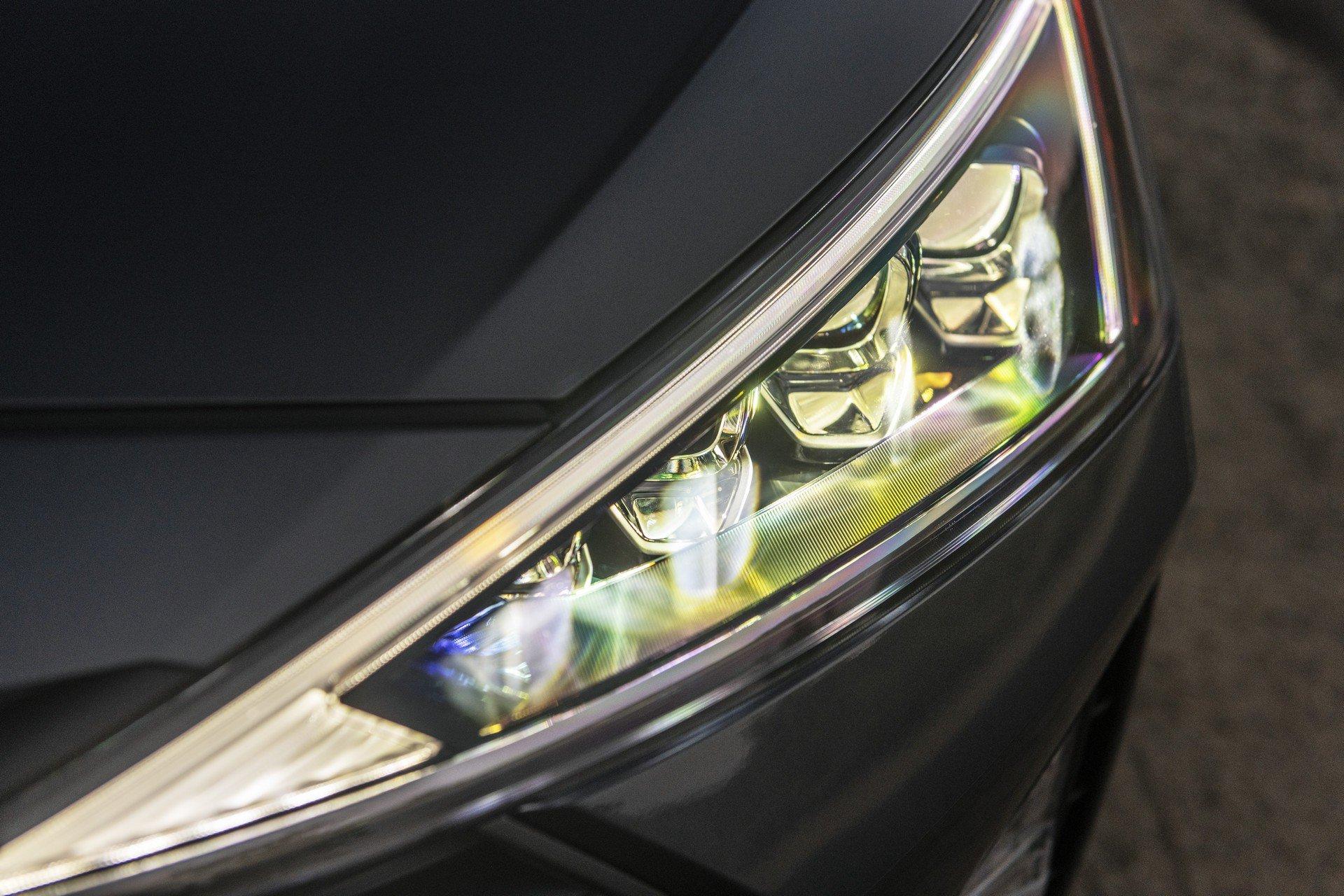 Hyundai Elantra 2019 (19)