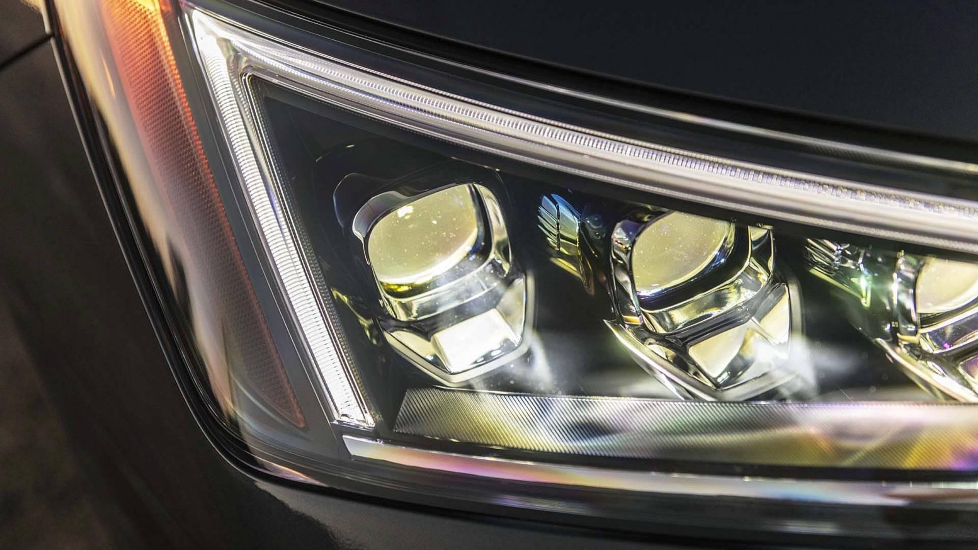 Hyundai Elantra 2019 (24)