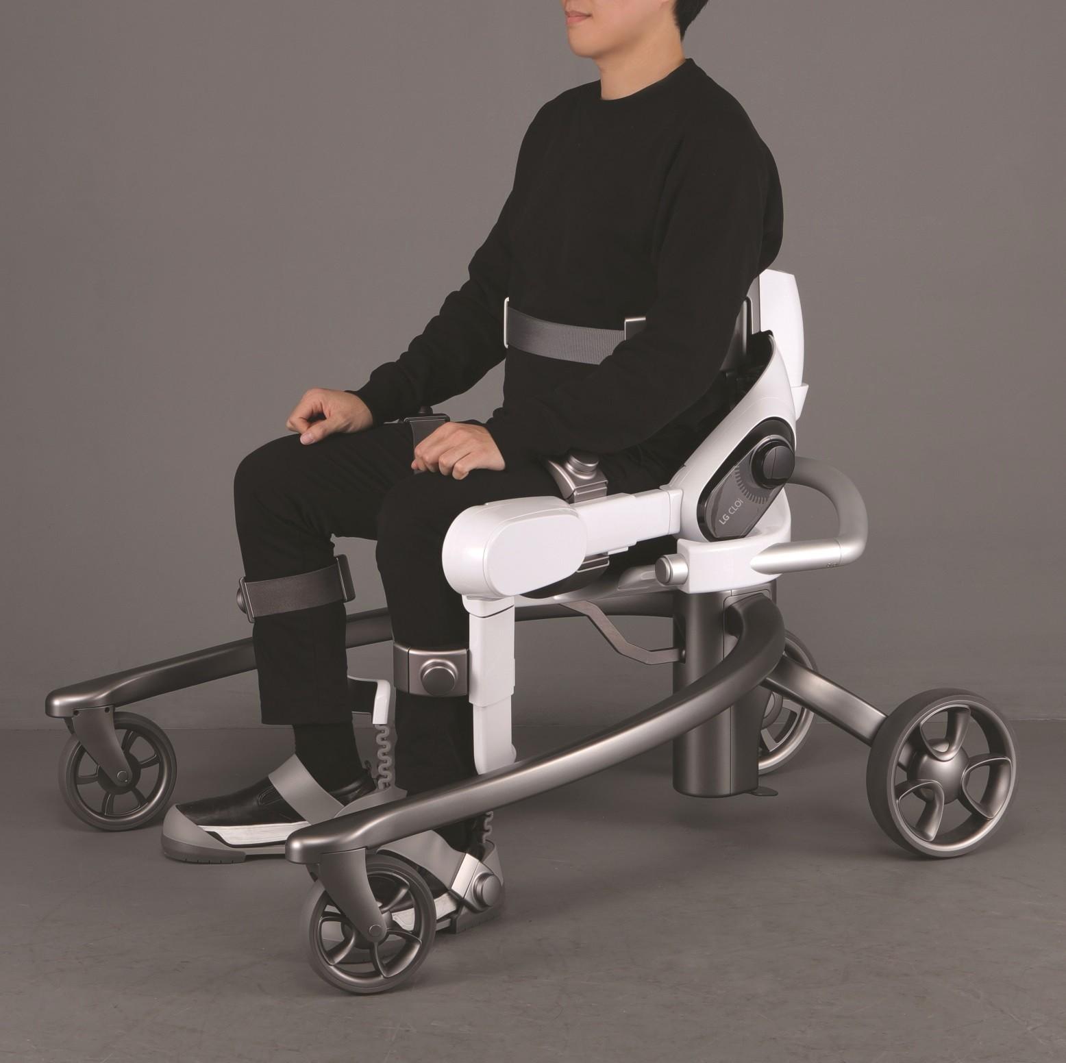 Hyundai_exoskeletons_0001