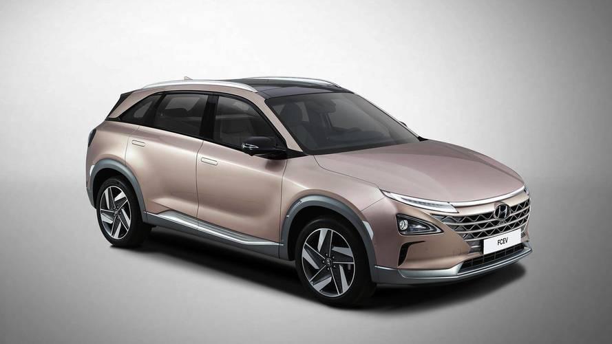 Hyundai_FCEV_SUV_0006