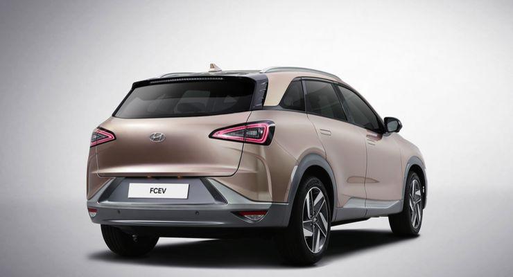 Hyundai_FCEV_SUV_0007