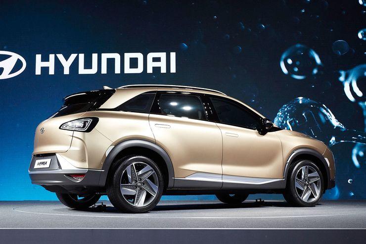 Hyundai_FCEV_SUV_0010