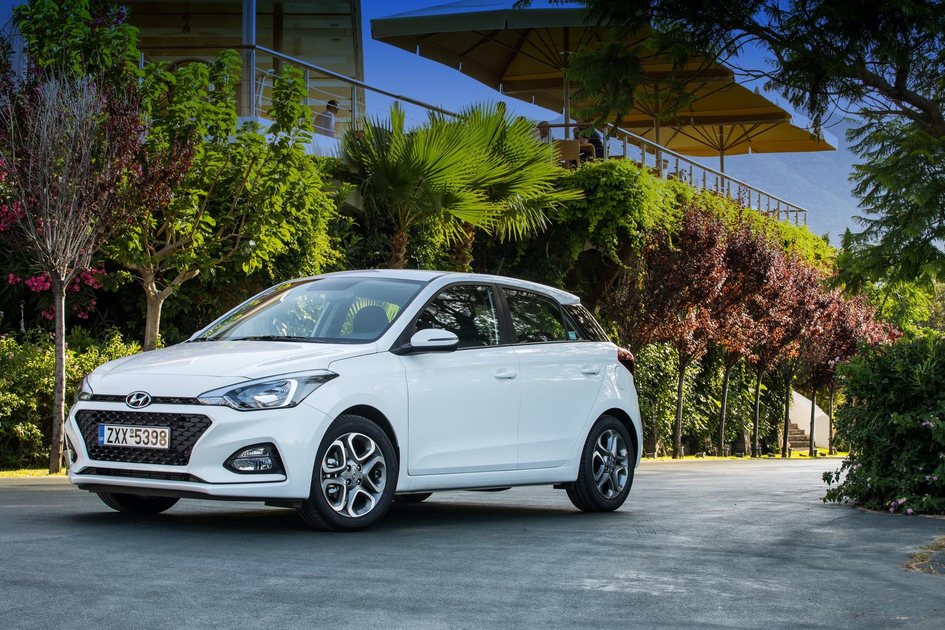 Hyundai_i20_facelift_greek_presskit_0003