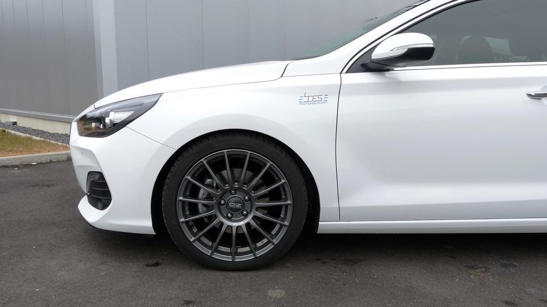 Hyundai_i30_Fastback_Boes_Motorsport_0002