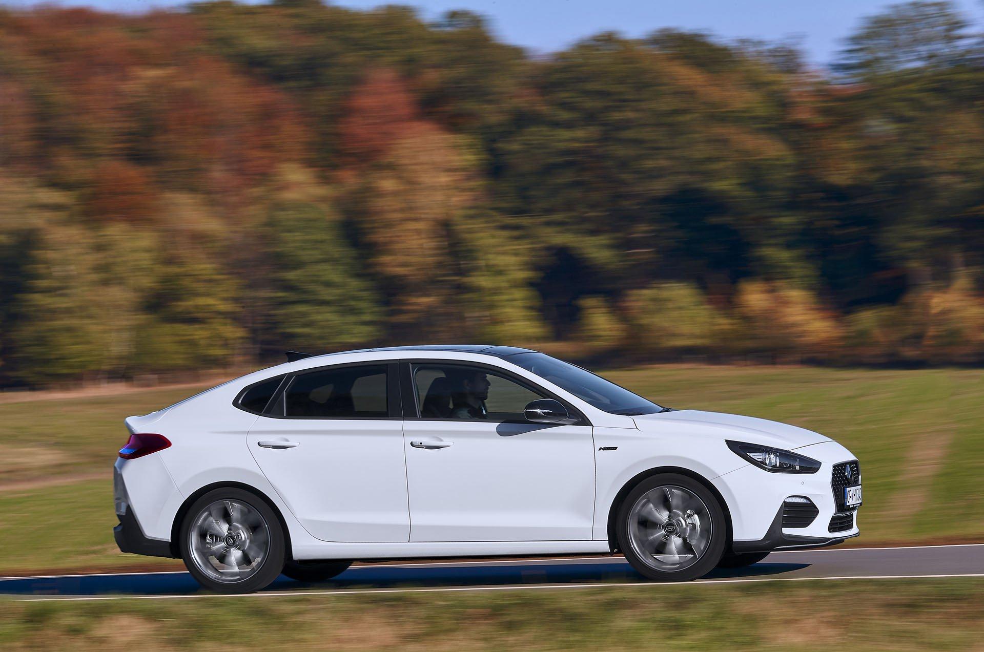 Hyundai i30 Fastback N Line  (12)