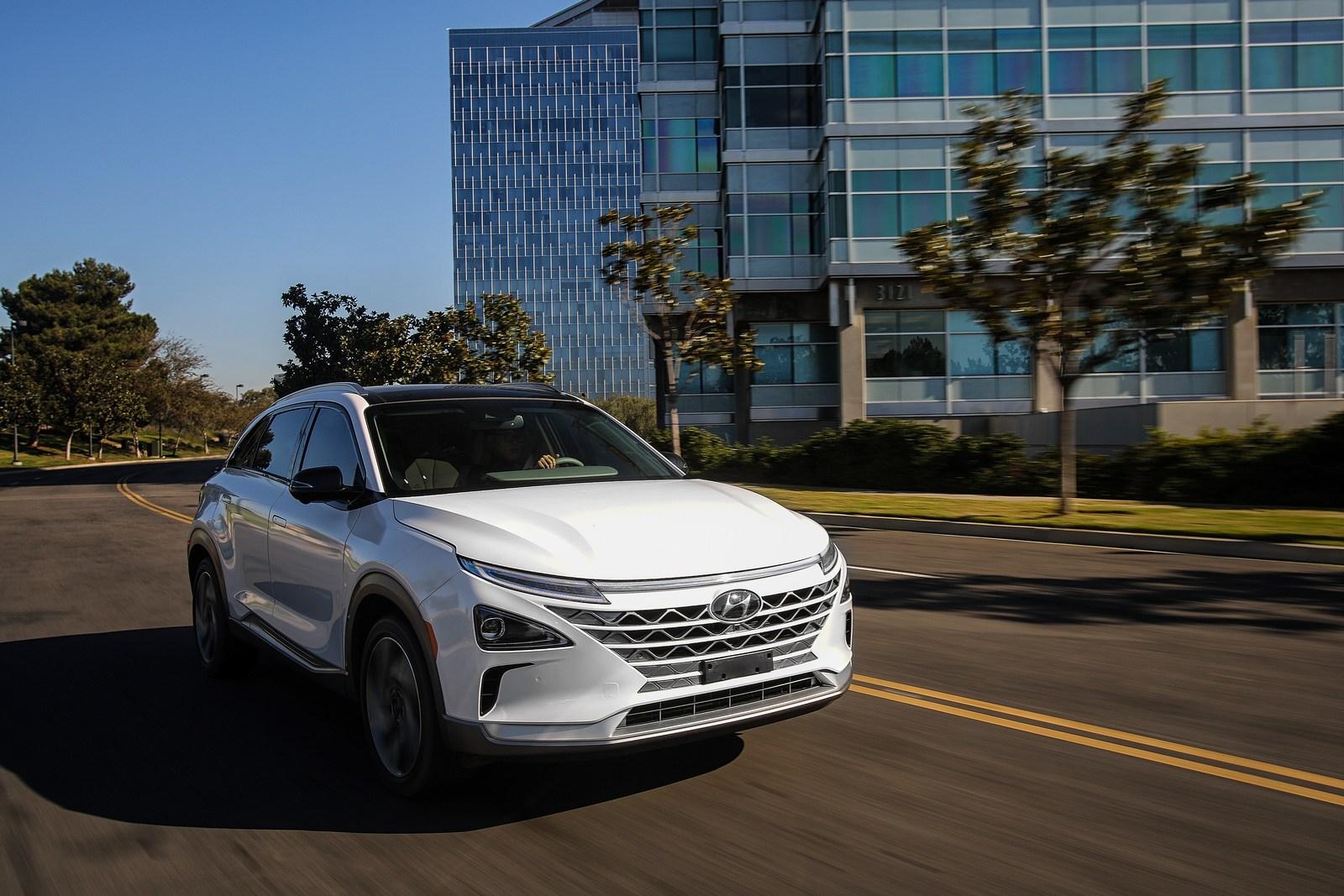 Hyundai-NEXO-51