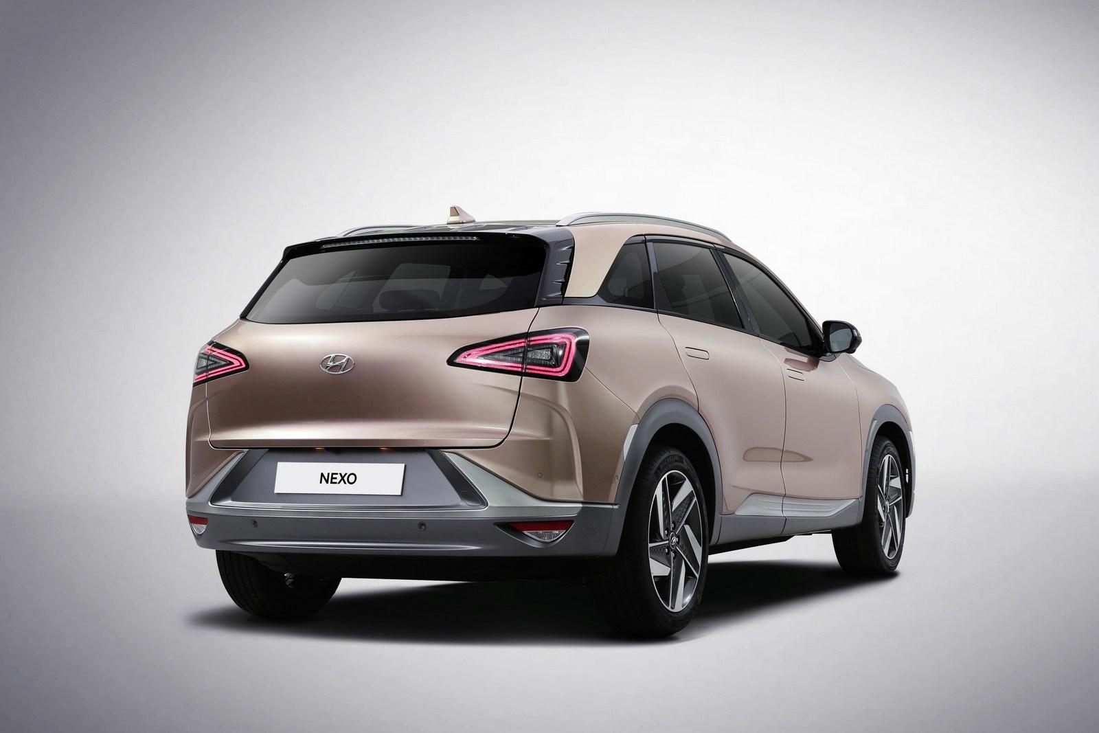 Hyundai-NEXO-60