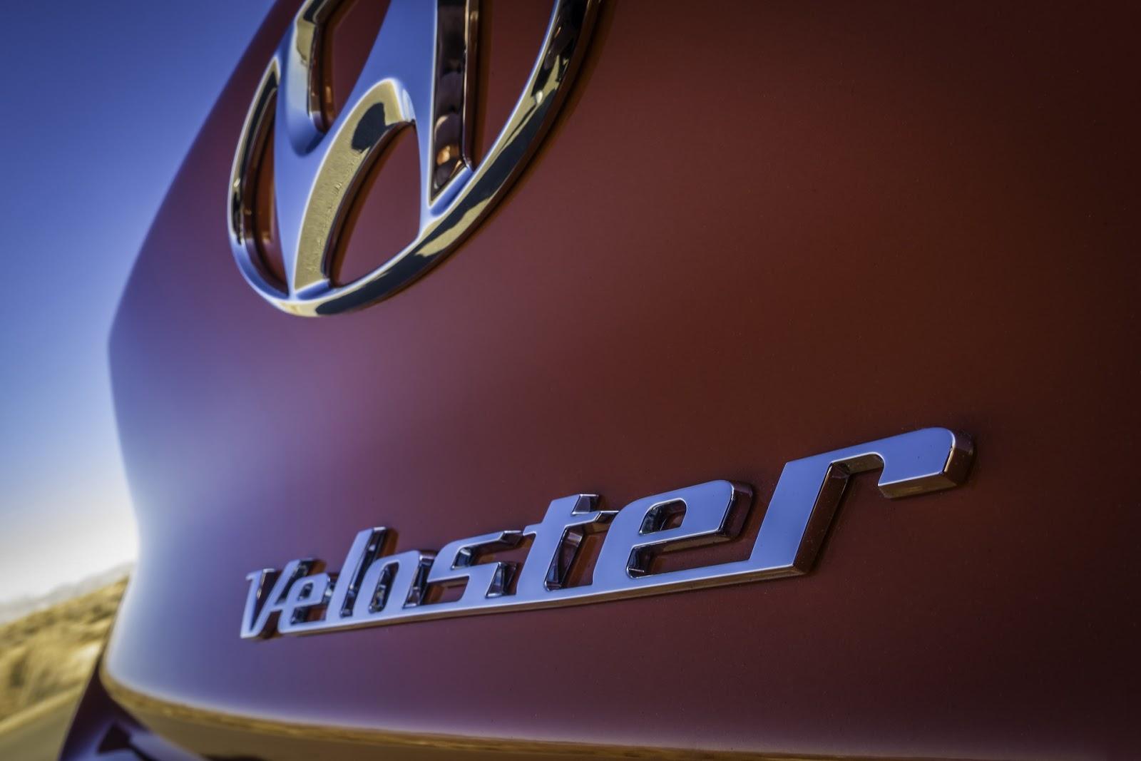 2019-Hyundai-Veloster-30