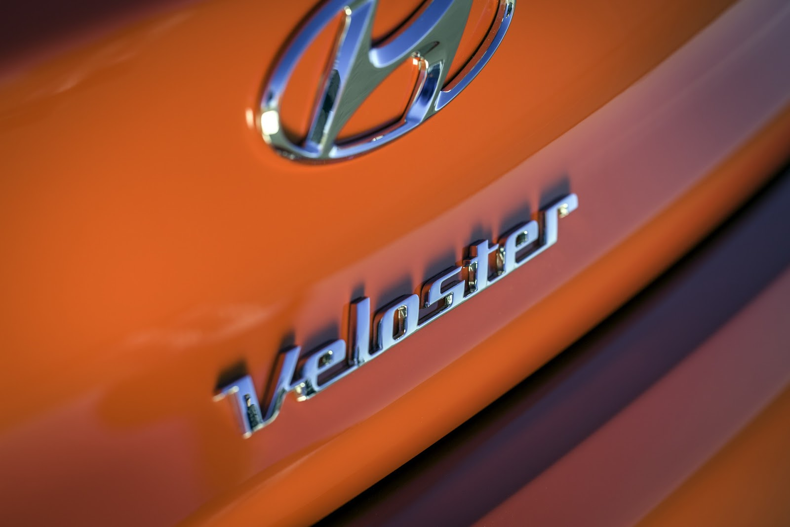 2019-Hyundai-Veloster-69