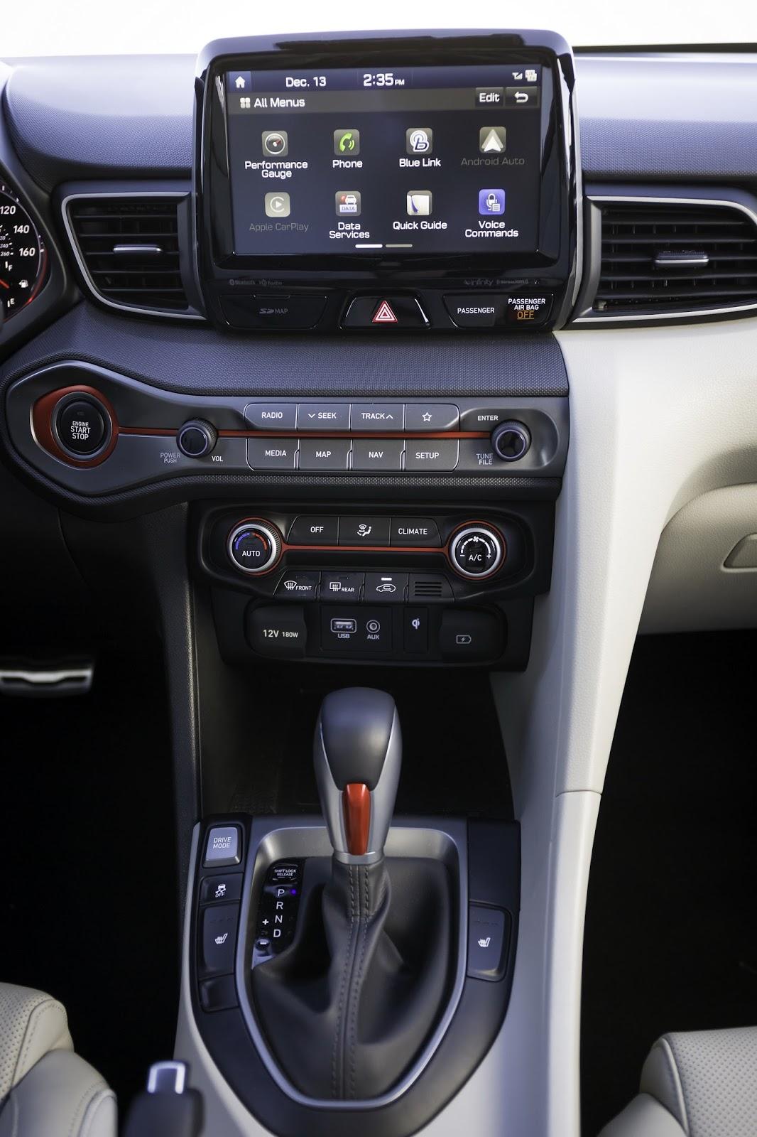 2019-Hyundai-Veloster-77
