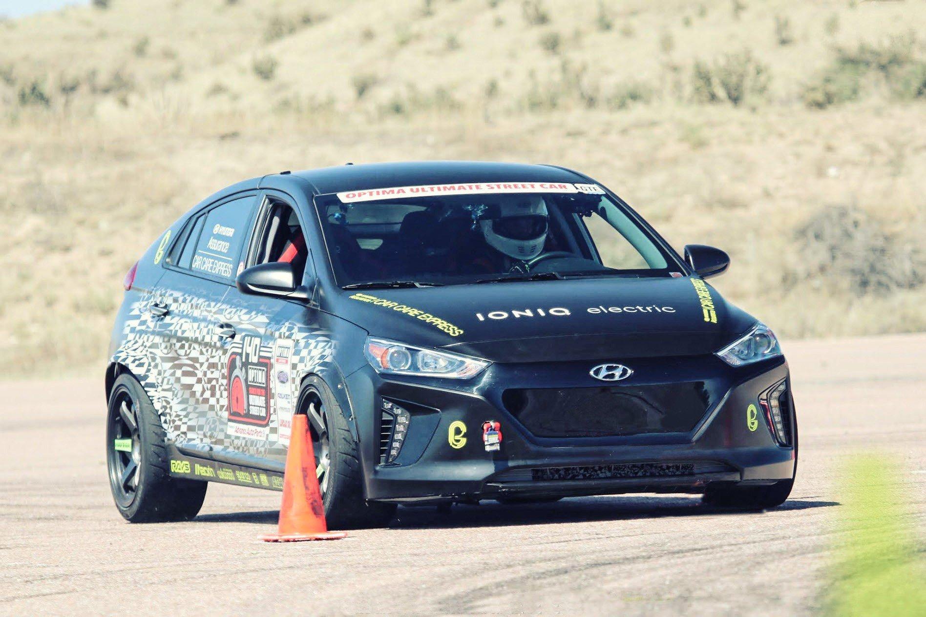 224516fd-hyundai-race-cars-2