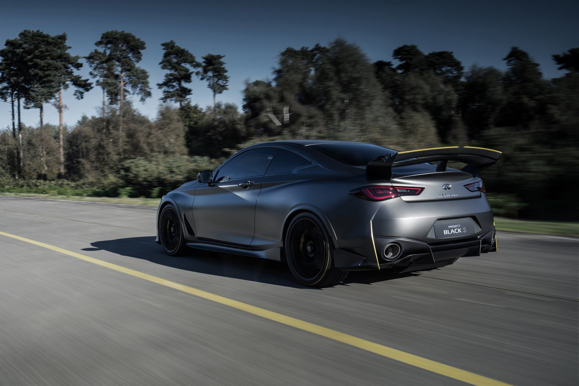 Infiniti Project Black S Prototype (37)
