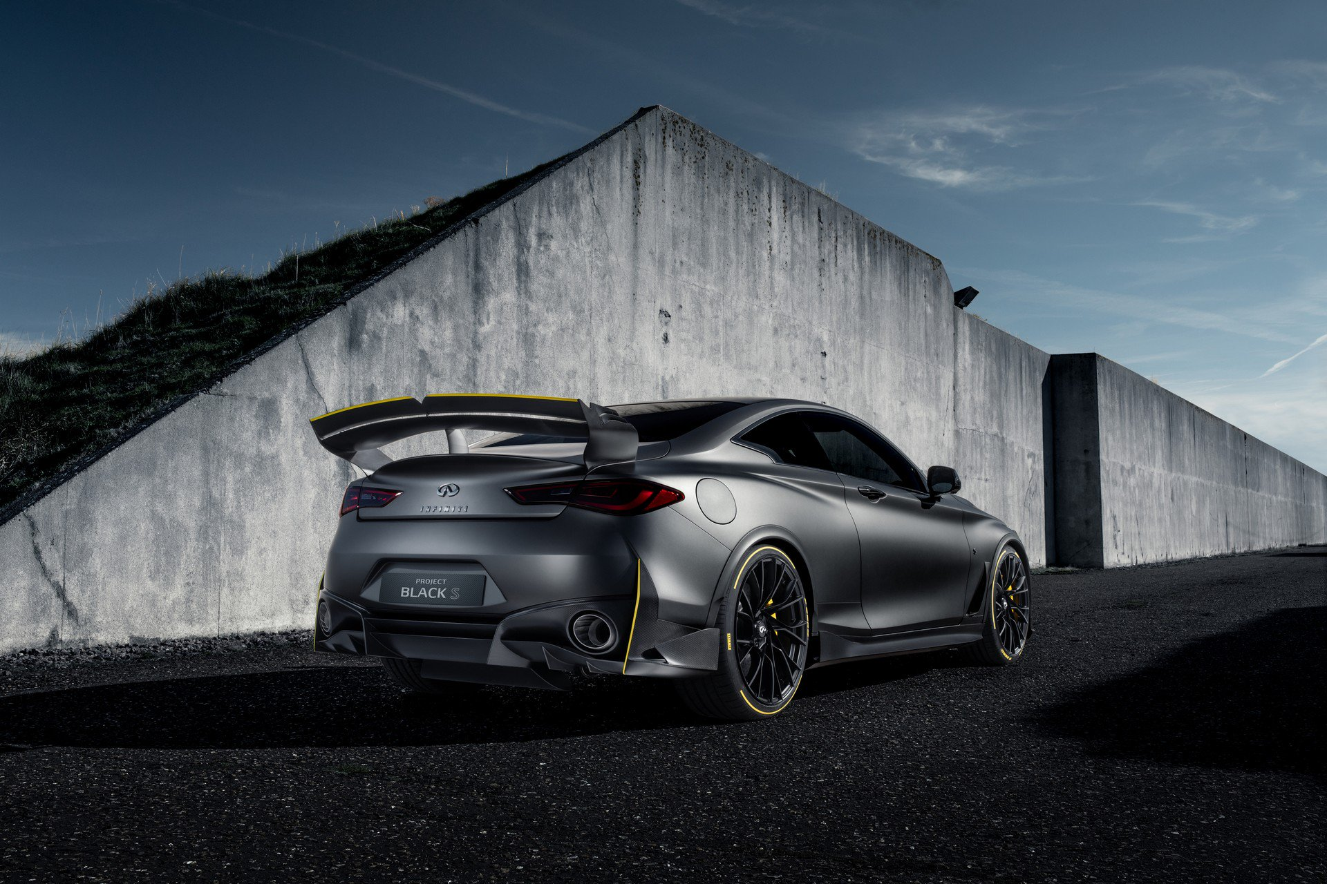 Infiniti Project Black S Prototype (6)