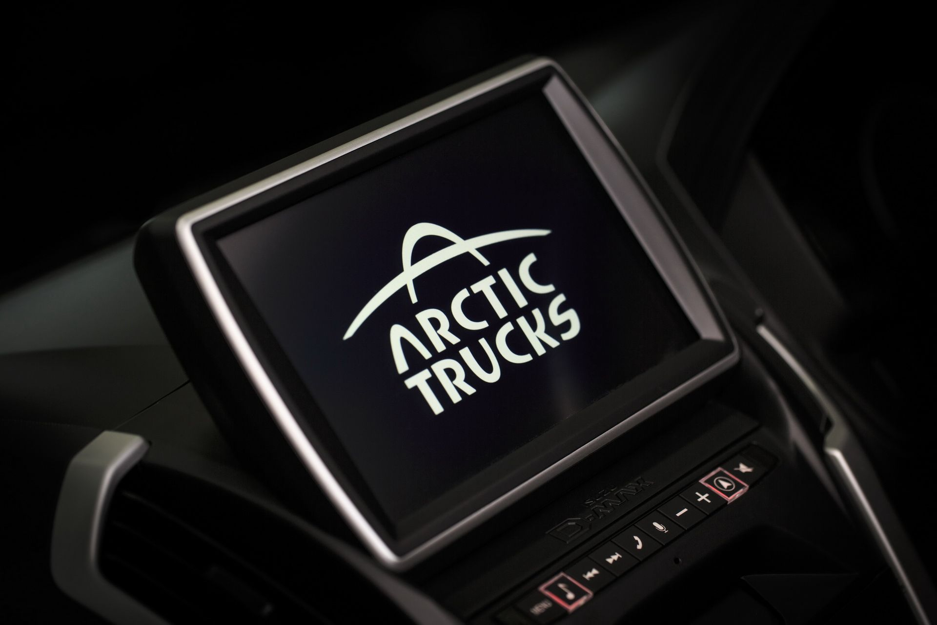 Isuzu_D-MAX_Arctic_Trucks_AT35_Stealth_edition_0005