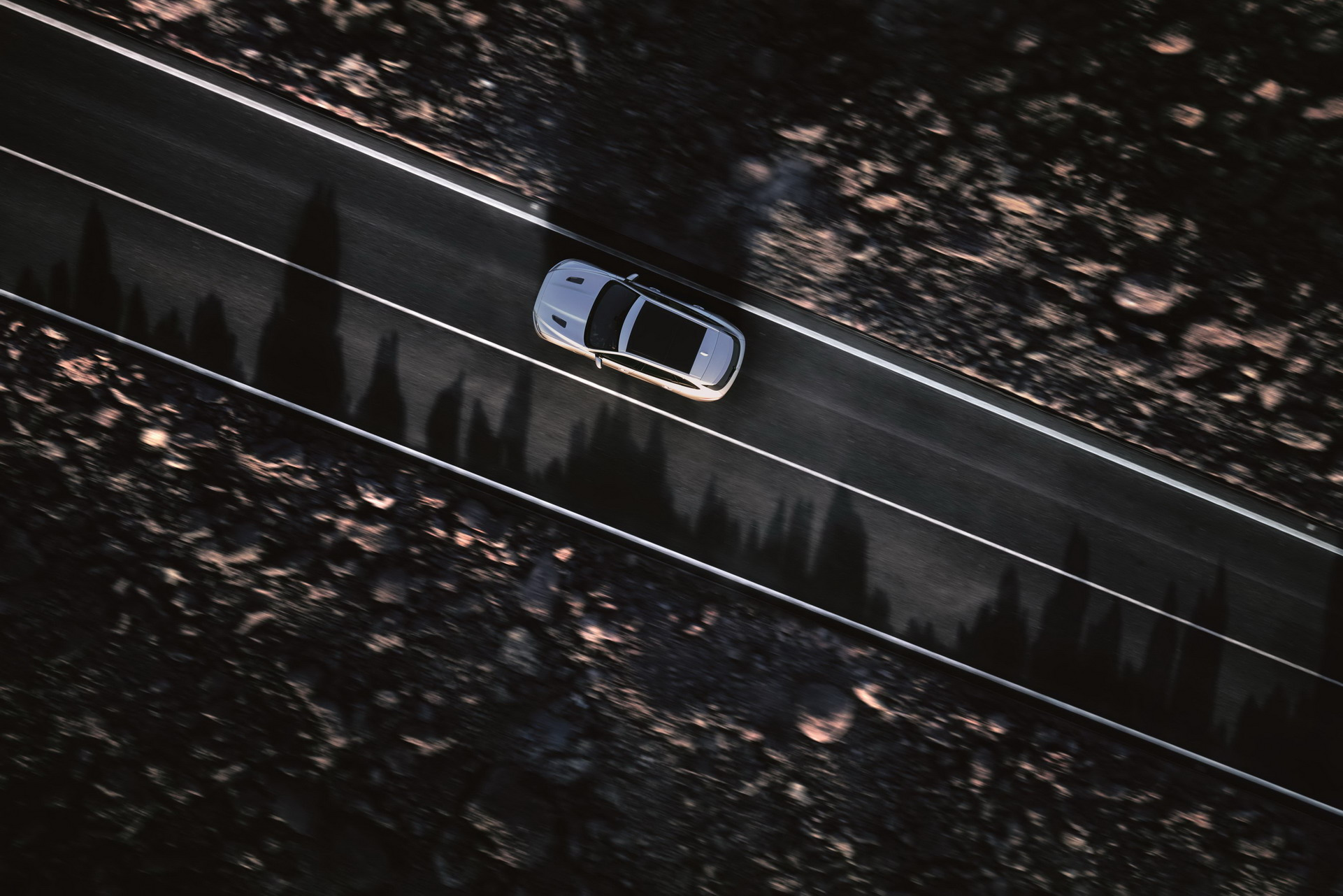 Jaguar F-Pace SVR 2018 (10)