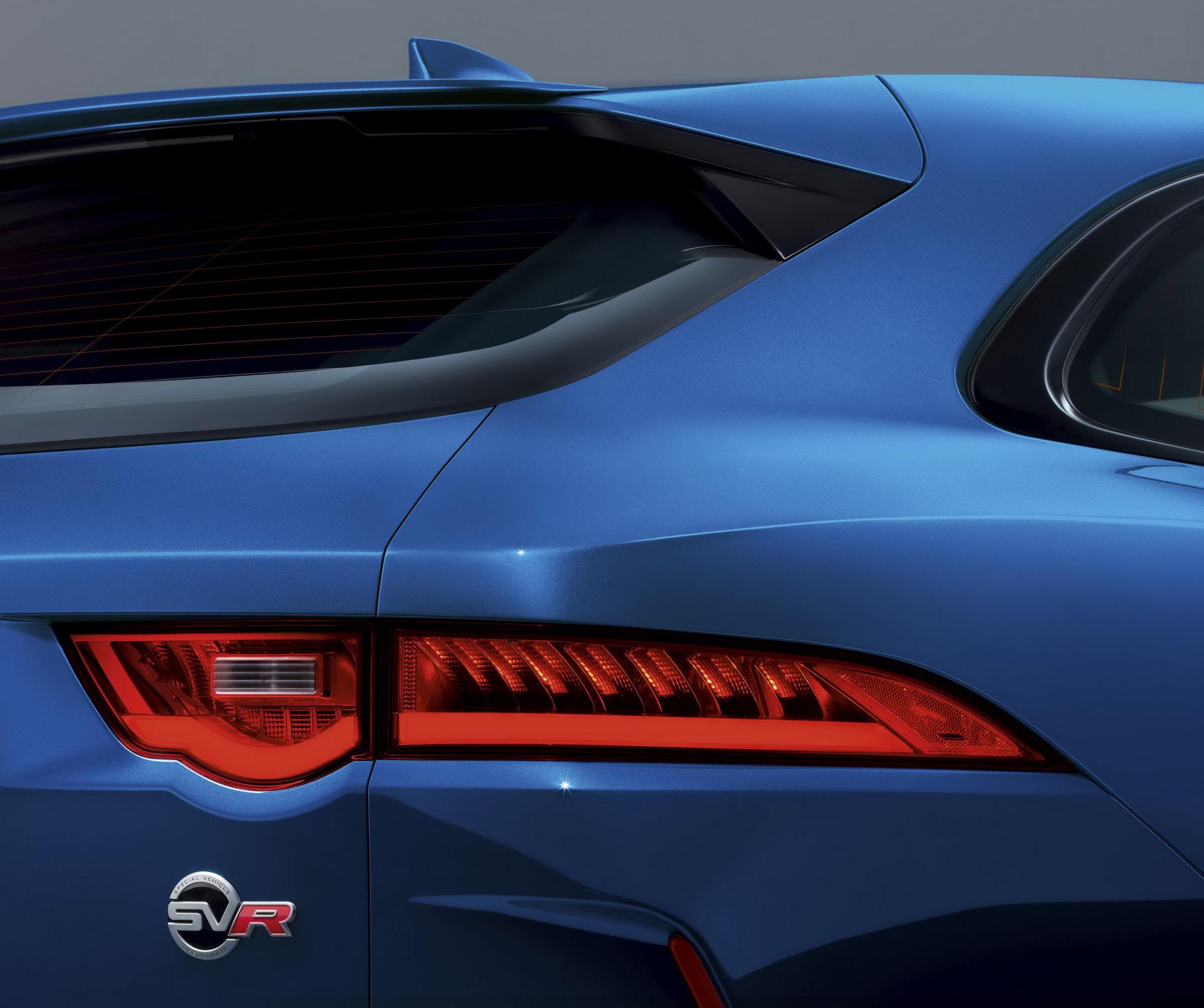 Jaguar F-Pace SVR 2018 (27)