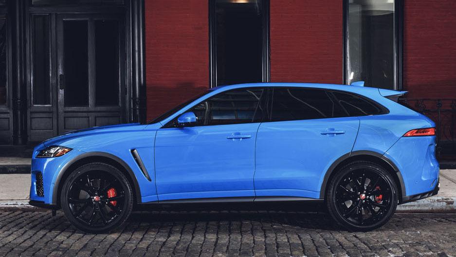 Jaguar F-Pace SVR 2018 (41)