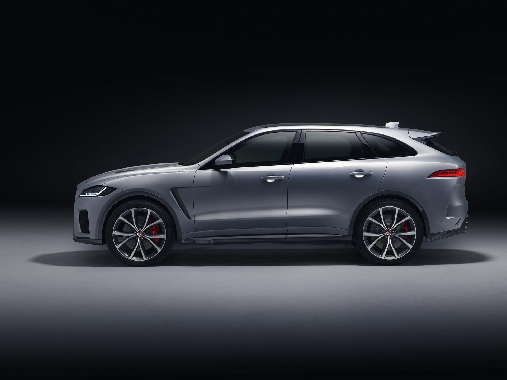 Jaguar F-Pace SVR 2018 (6)