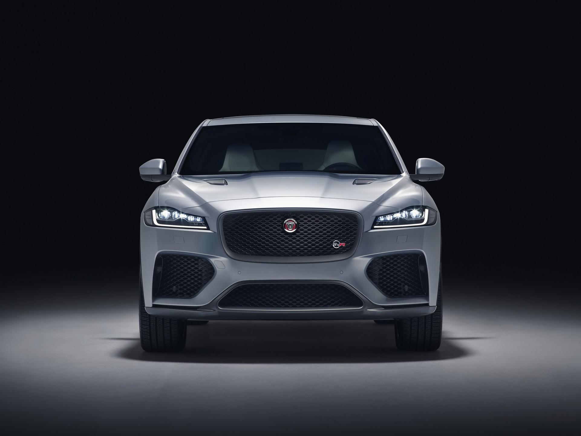 Jaguar F-Pace SVR 2018 (7)