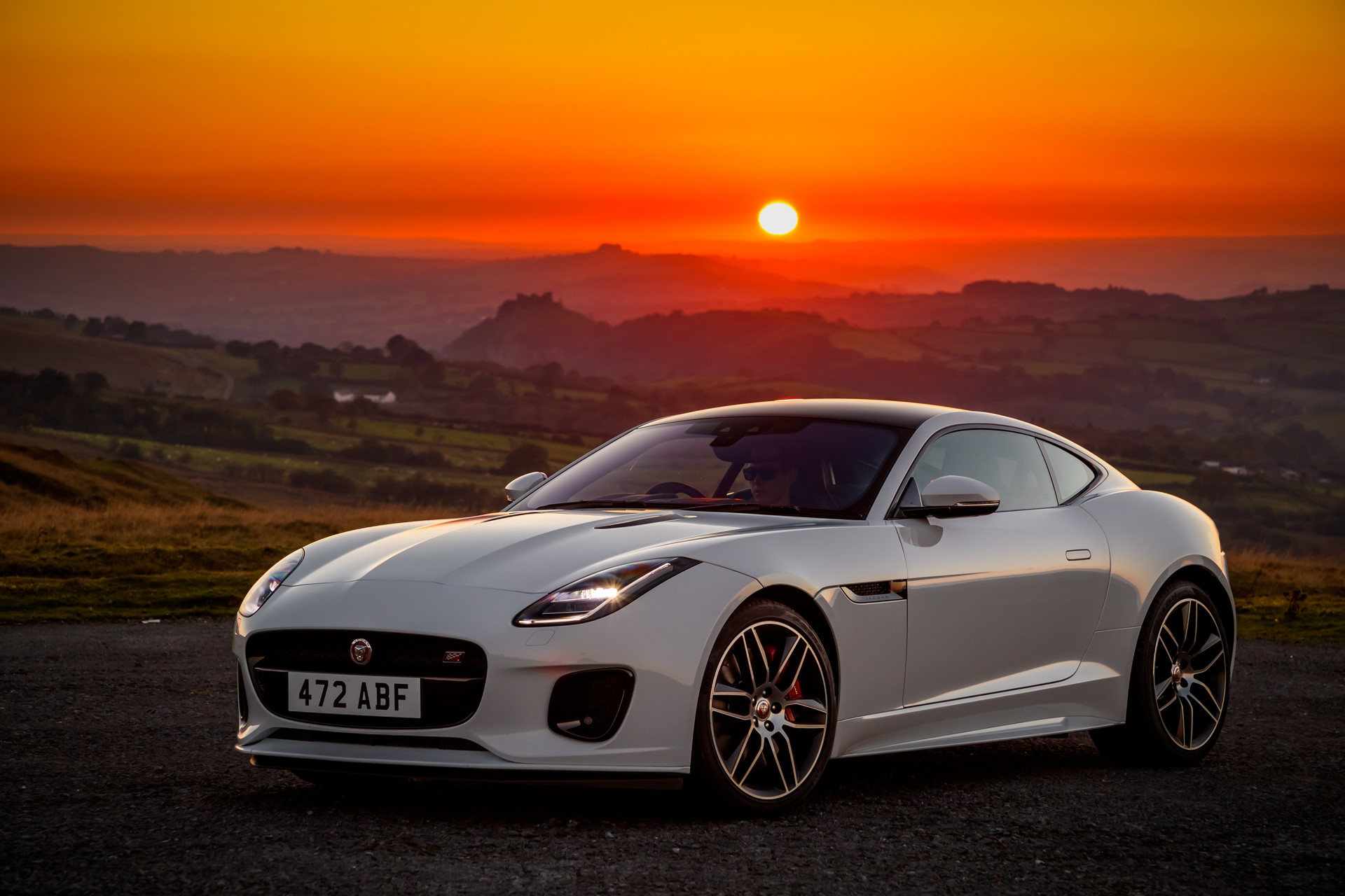 Jaguar F-Type Checkered Flag Limited Edition (10)